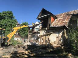 Снос ветхих домов и построек. Демонтаж дома