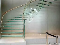 Стеклянные лестницы в дом по индивидуальному заказу в РБ