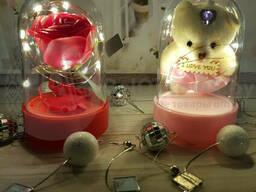Сувенир-светильник в колбе с подсветкой. Оригинальный. ..