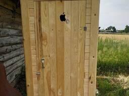 Туалет дачный и душевая кабинка