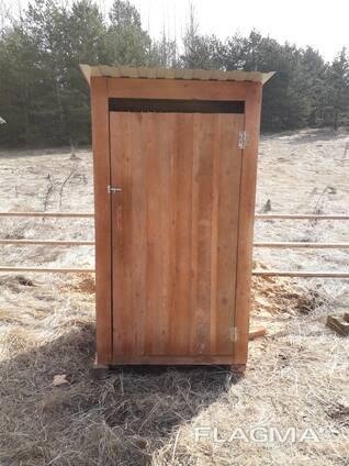 Туалет деревянный, душ, хозблок