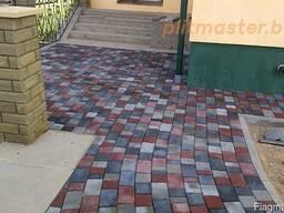 Укладка тротуарной плитки, установка бетонных заборов.