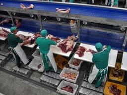 Услуга по давальческой обвалке, разделке, переработке мяса