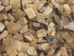 Услуга по дроблению отходов лесопиления и дров в щепу