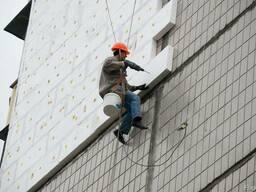 Утепление фасадов, услуги альпинизма