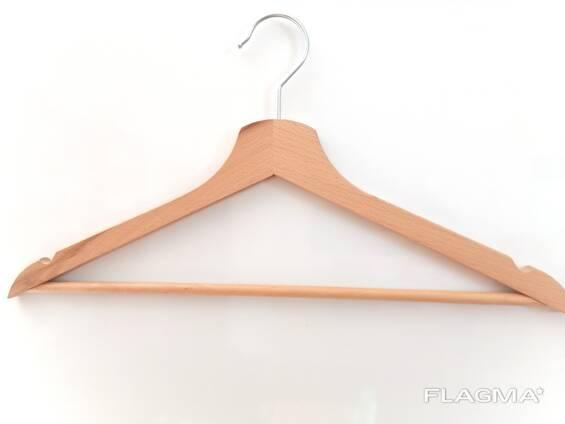 Вешалки-плечики для одежды с перекладиной