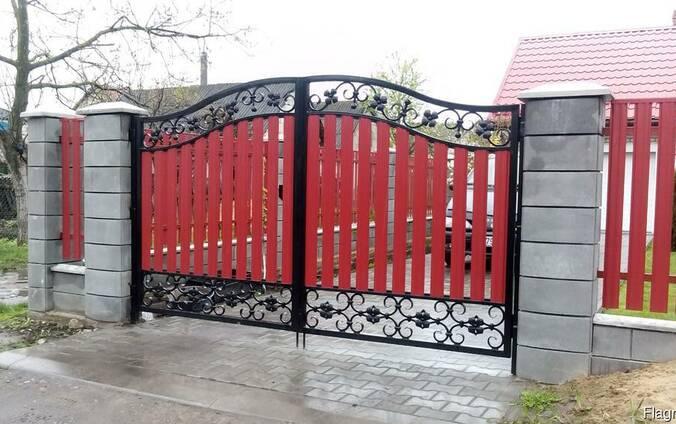 Ворота в Кобрине. Откатные и распашные.