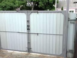 Ворота распашные без калитки под ключ 3 на 1, 5 метра