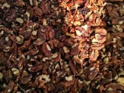 Ядра грецкого ореха темный янтарь (половинки)