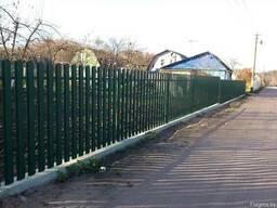 Забор из металлического штакетника - фото 2