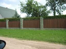 Забор из металлоштакетника (металлический штакет)