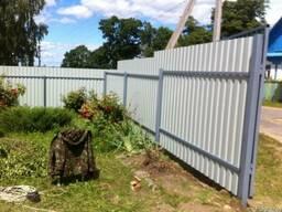Забор из профнастила ( профлиста). Забор из металлопрофиля